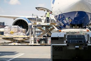 Gatwick targets cargo growth with runway plans