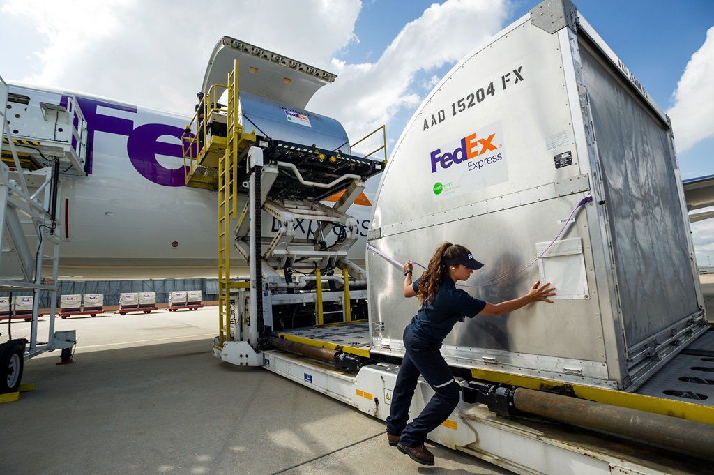 FedEx Express expands at SBD International Airport