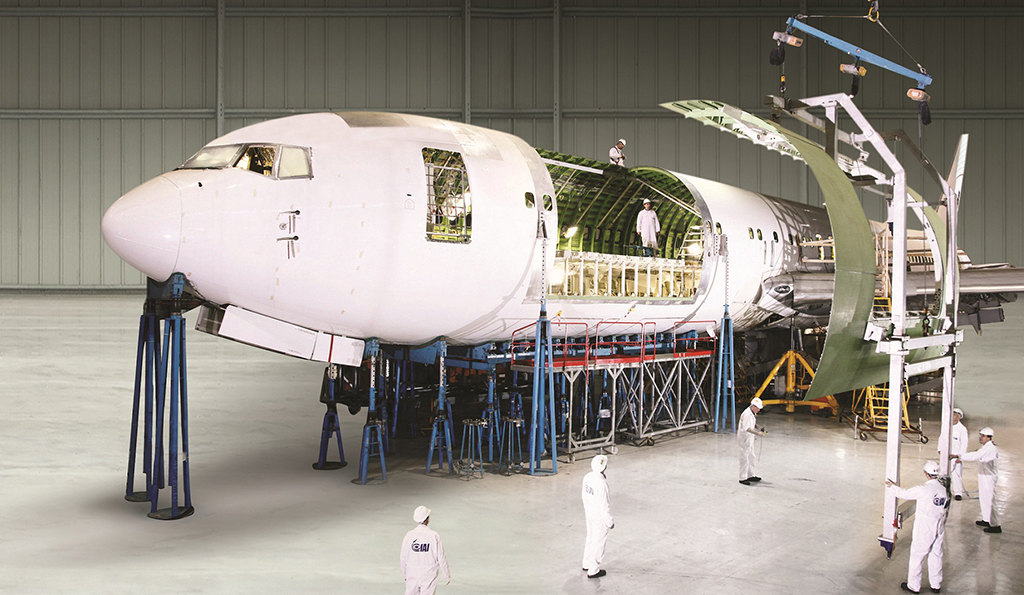 Boeing expects strong Asia demand for converted freighters