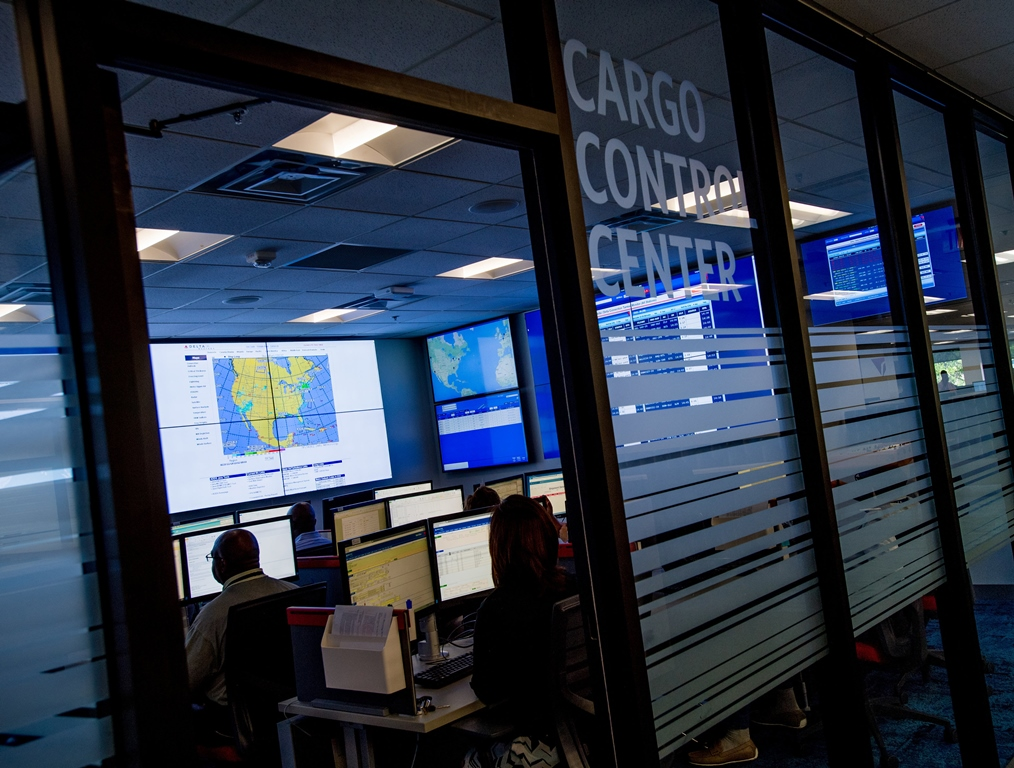 delta adds cargo control center to improve shipment tracking ǀ air