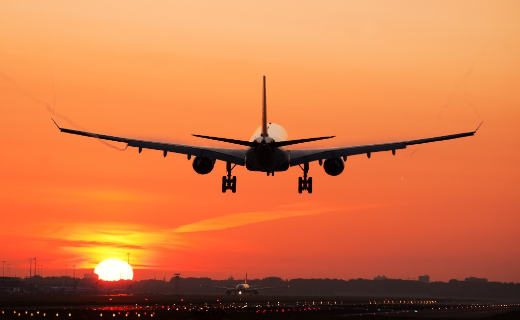 Mammoth invests in MRO firm to support B777 conversions