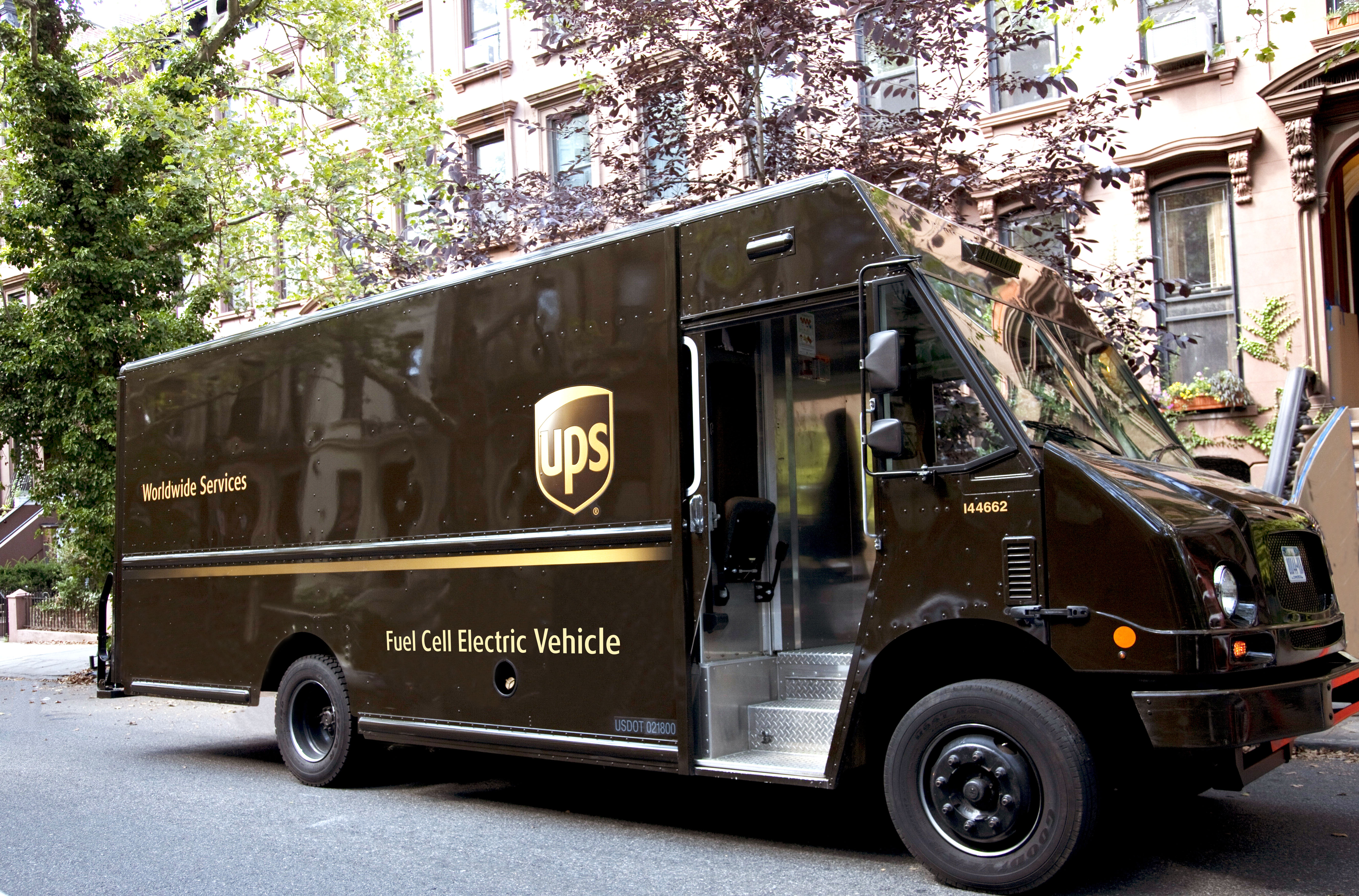 Ups In Handshake Deal With The Teamsters Union Air Cargo News