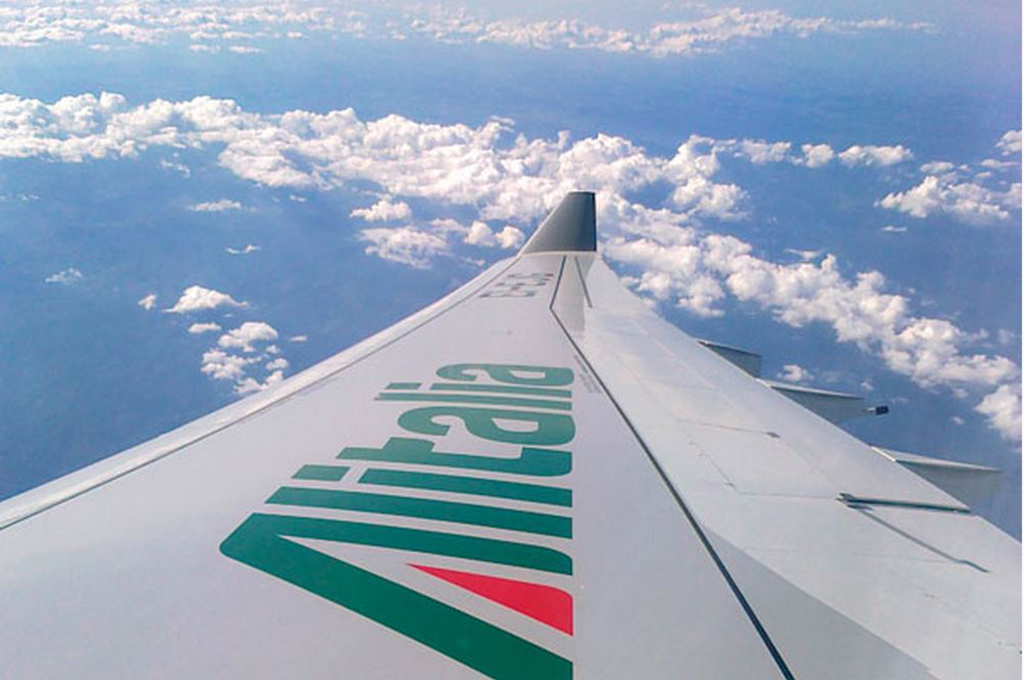 Alitalia transports medical cargo to Italy in fight against Covid-19