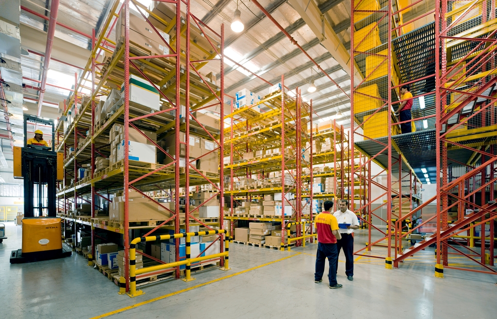 Dhl Scoops Cathay Pacific Mro Logistics Deal Air Cargo News